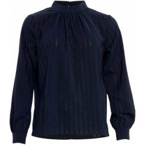 Bluse i den skønneste blå stribet print.